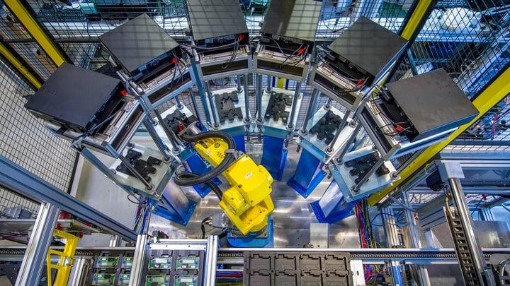 Manufacturing RTLS IoT Machinery